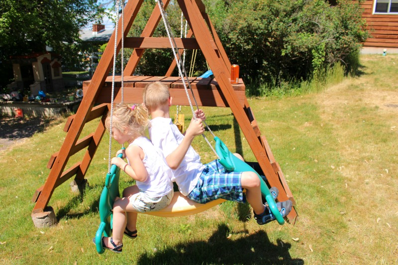 Playground-Merland-Park-Cottages-Everything-Mom-and-Baby