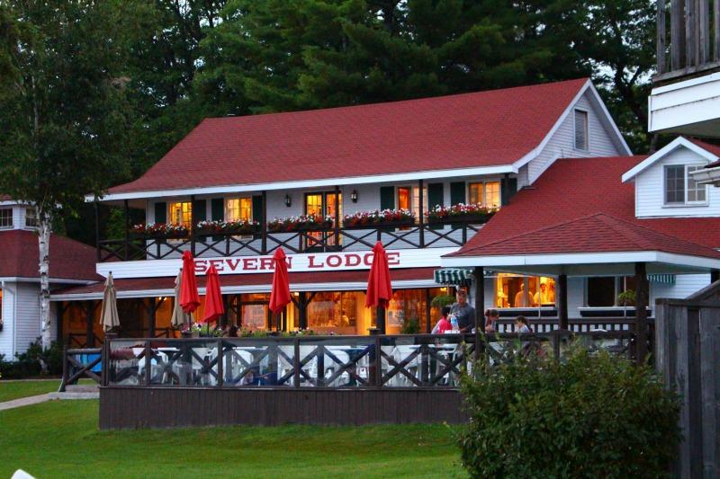 Severn-Lodge-Evening