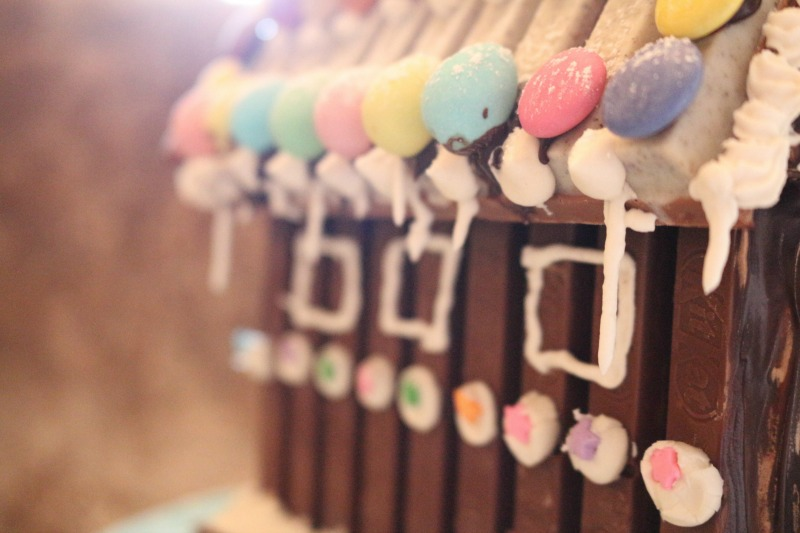 emb_chocolatehouse_step-12