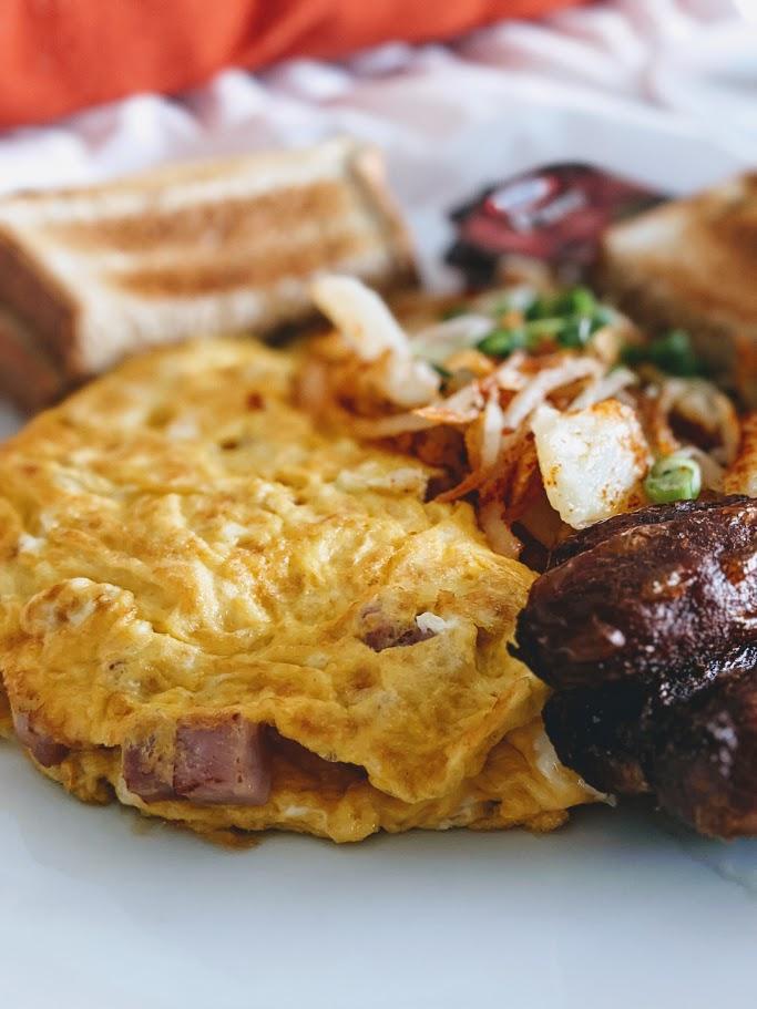 Omelette_GrandHotel_MamaAshCA